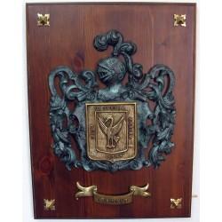 Escudo Heráldico Doble en Pergamino de Bronce