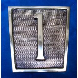 Número en Placa 26-002