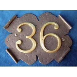 Número doble chapa de hierro 26-004