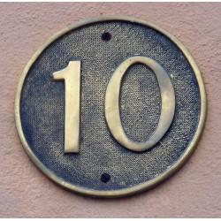 Número en placa redonda 26-007